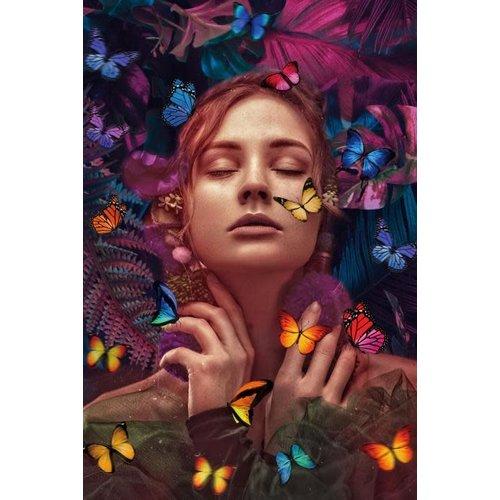 Glasschilderij 80x120 cm.  Butterfly woman