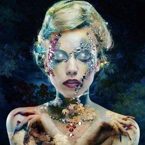 Glasschilderij Blue woman 80x80cm.