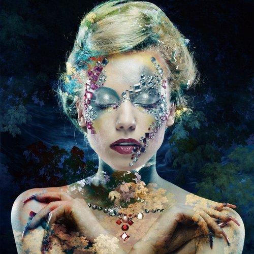 Glasschilderij Blue woman