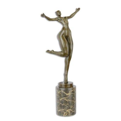 Female nude bronze 43cm