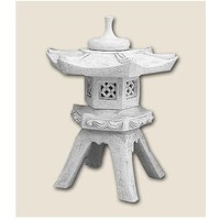 Pagoda lamp Chinese on 4 legs