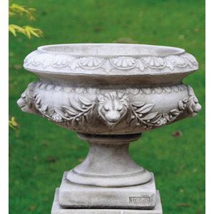 Dragonstone Garden vase Lion