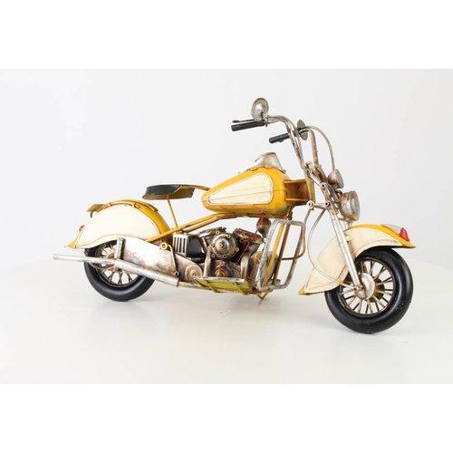 Miniature model can Motor yellow