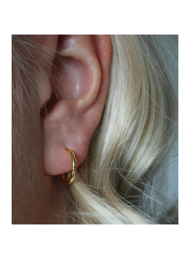 Classic Hoops - Benni in gold plated sterling silver