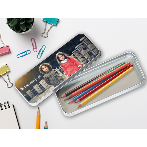 Gepersonaliseerde pennendoos met foto's en illustraties