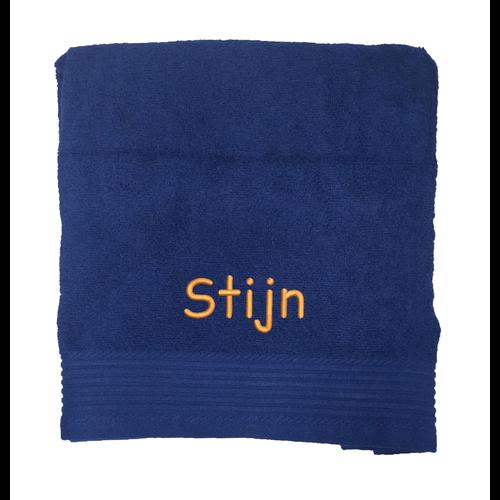 Badhanddoek met geborduurde tekst