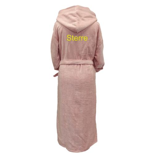 Badjas-kamerjas geborduurd met naam