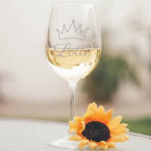 Witte wijnglas met gravering