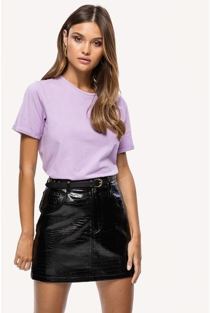 The perfect basic tee lila