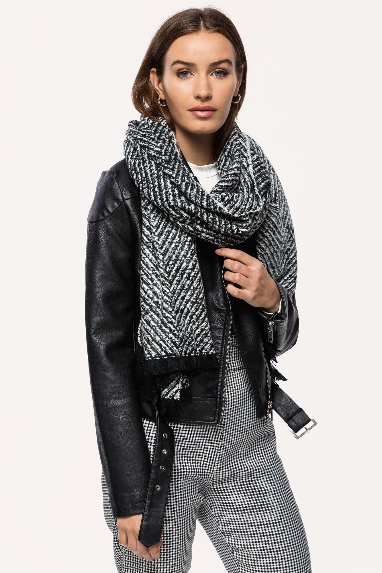 Sjaal zwart wit-2