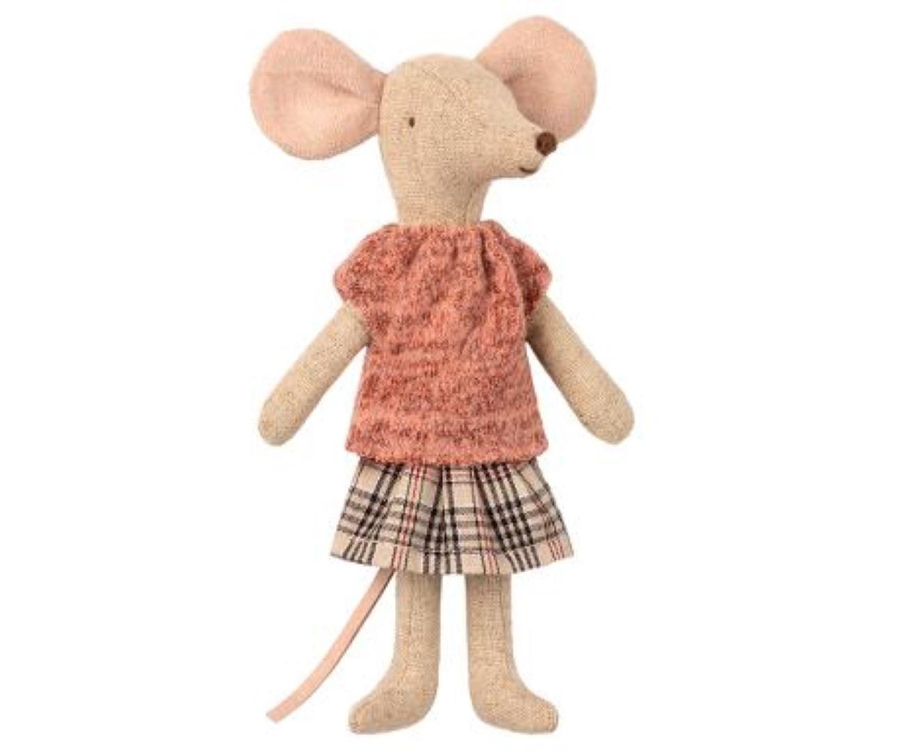 Kleding voor moeder muis-2