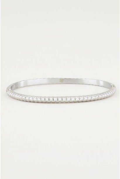 Bangle geribbeld smal zilver