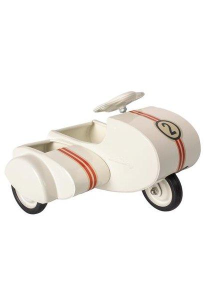 Metalen scooter met zijspan