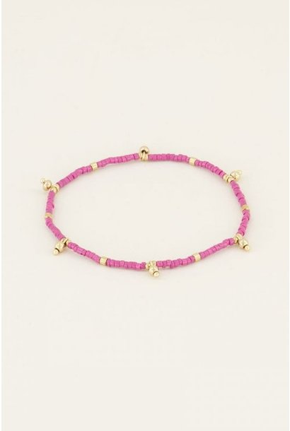 Armband met roze kralen goud