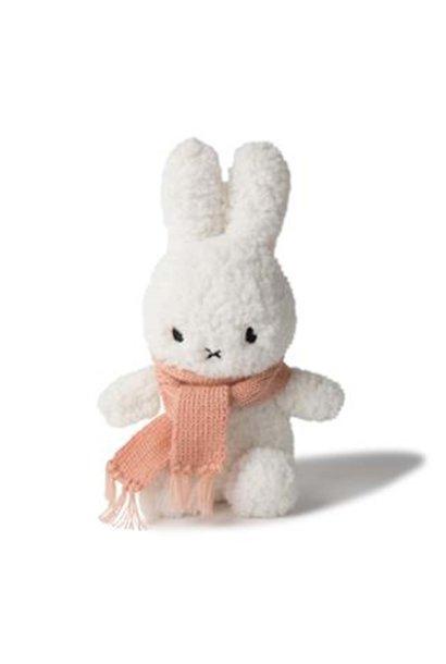 Nijntje met sjaal fluffy peach, 23 cm