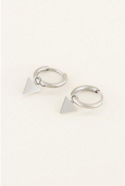 Oorringen driehoek, Zilver