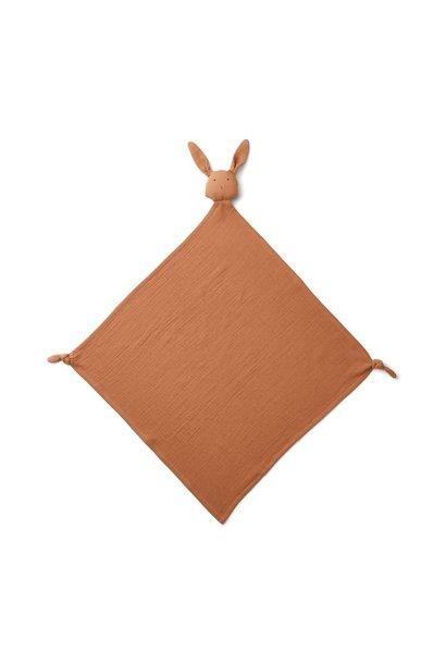 Robbie muslin cloth - rabbit terracotta