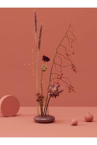 Flowerstone, Holiday