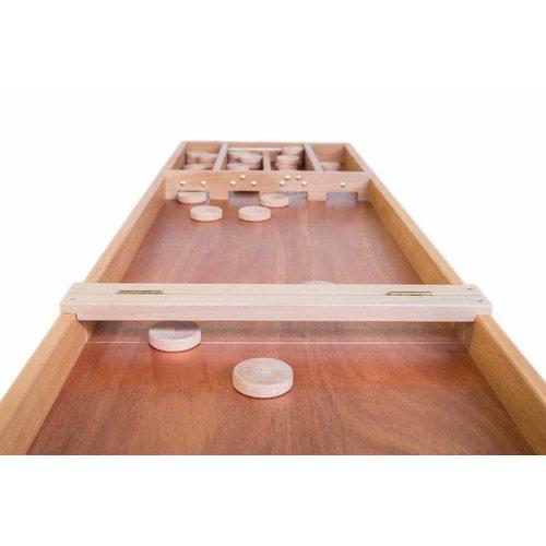 Originele handvervaardigde Heemskerk sjoelbak van zware kwaliteit. Deze opklapbare sjoelbak bestaat uit 2 delen welk door scharnieren verbonden zijn.