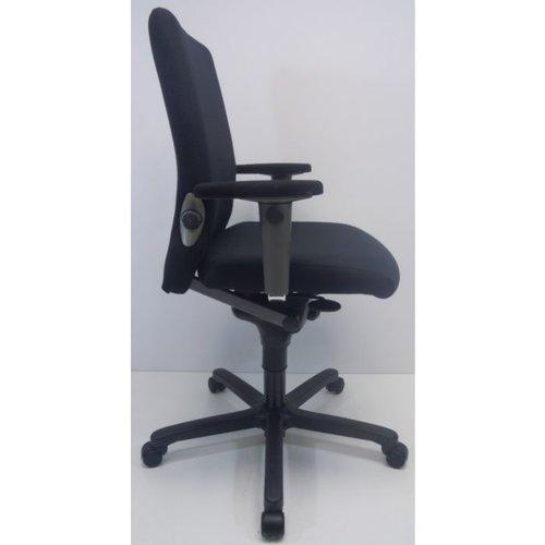 Bureaustoel Comforto 77 zwart nieuw stof gestoffeerde armleggers