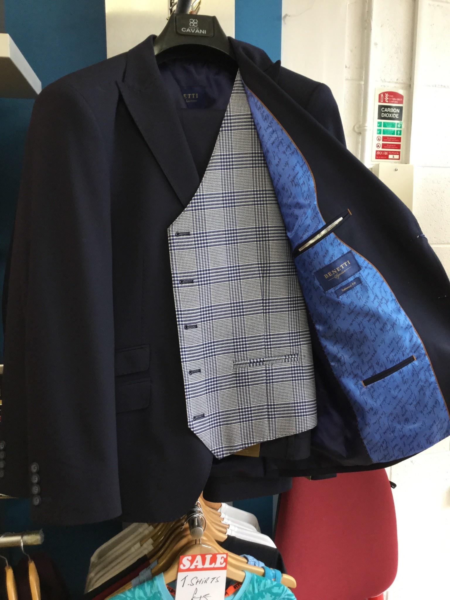 benetti Baker 3piece suit