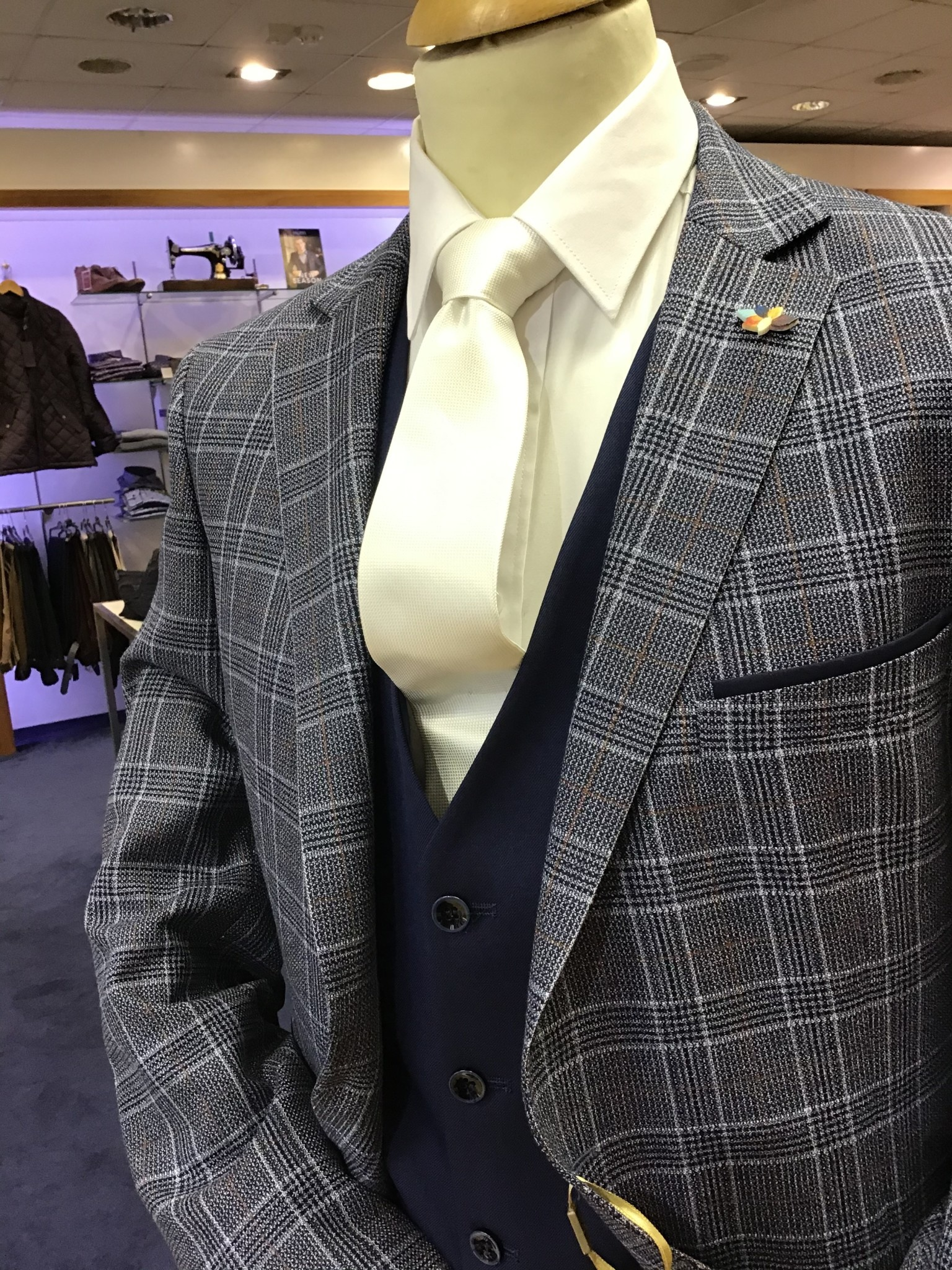 benetti Gordon suit