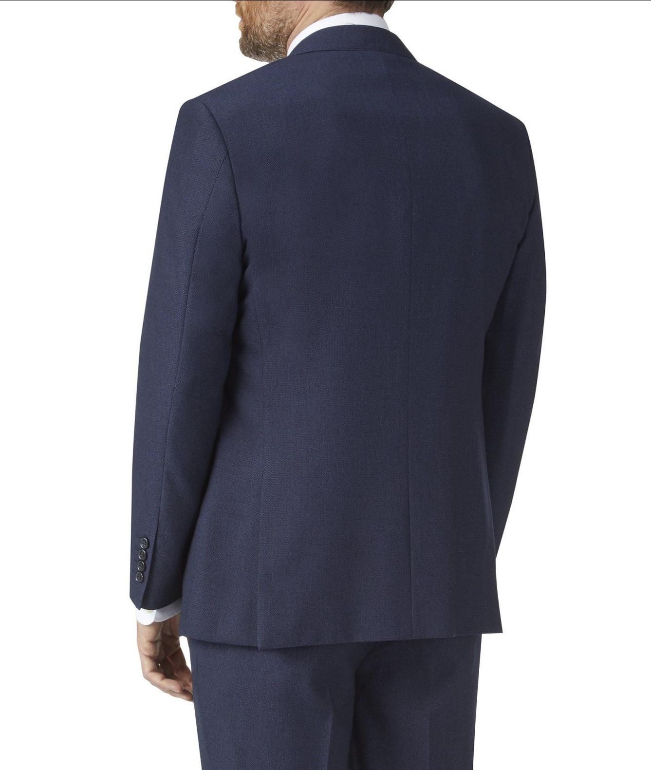 skopes Harcourt suit.