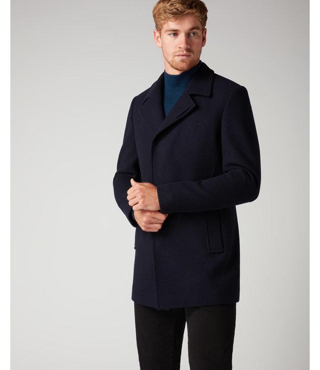 remus 90077 lohman coat.
