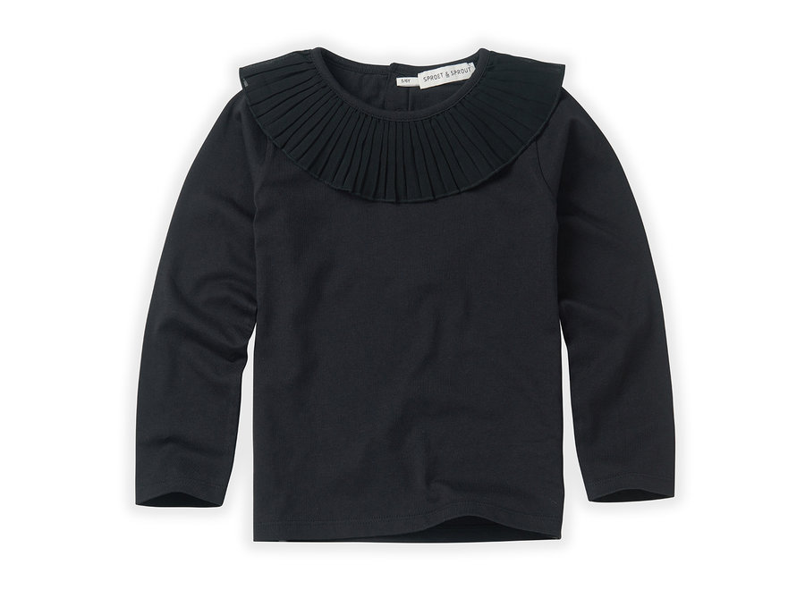 T-shirt collar Black