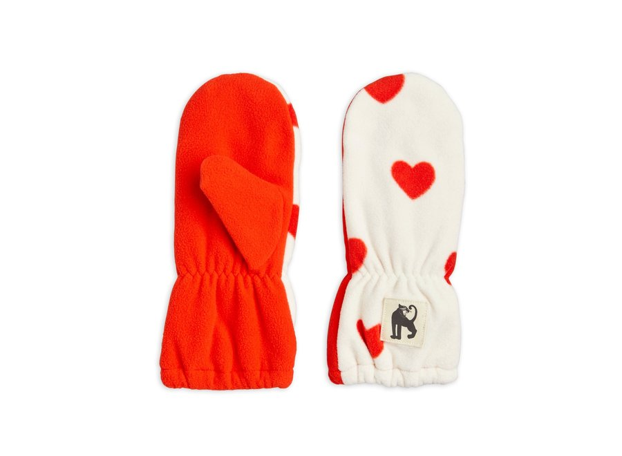 Hearts fleece mittens