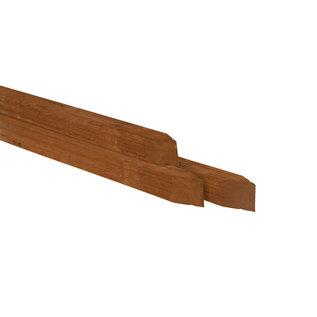 Hardhout paal, gepunt en geschaafd