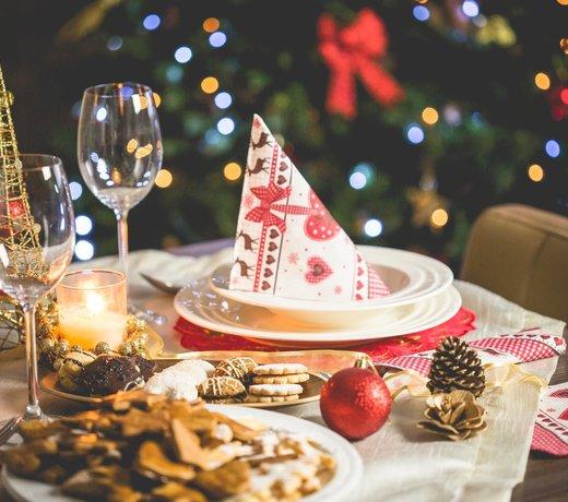 Muurdecoratie  en hangers voor de kerst