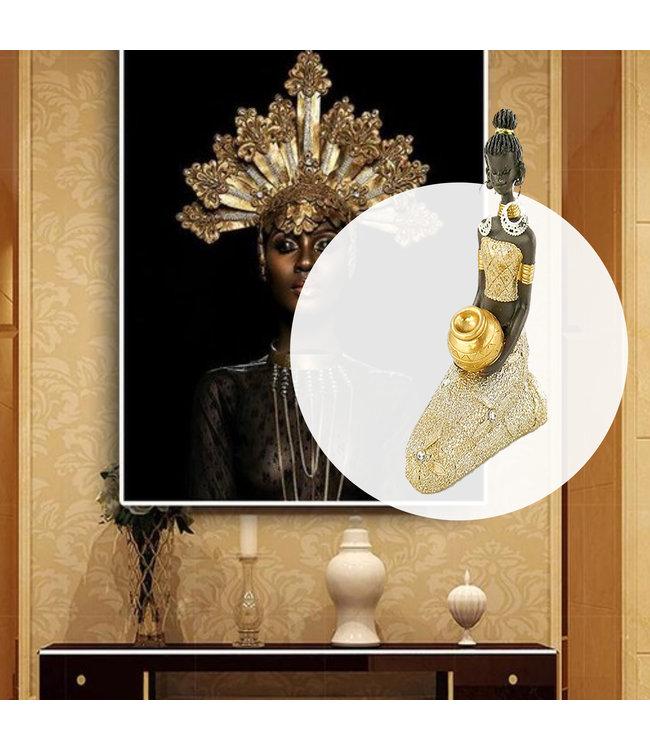Afrikaanse beeldje  Jina - zittend Goudkleurig - Etnisch Cadeau - Beeldjes Decoraties - Goud/Brons 5,4 x 5,4 x 24 c