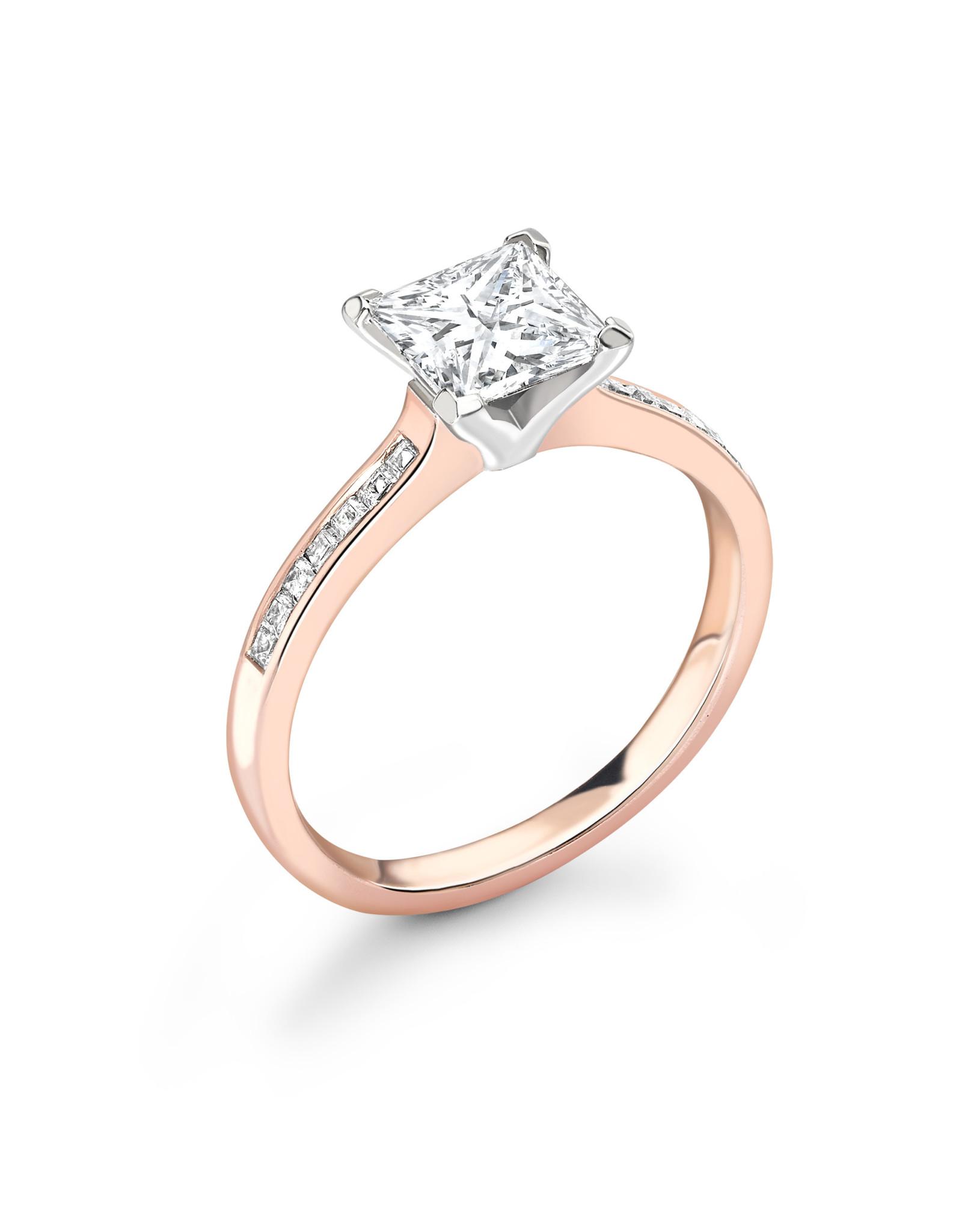 LVN Princesse Verlovingsring Met Zijsteentjes LVNRX3092