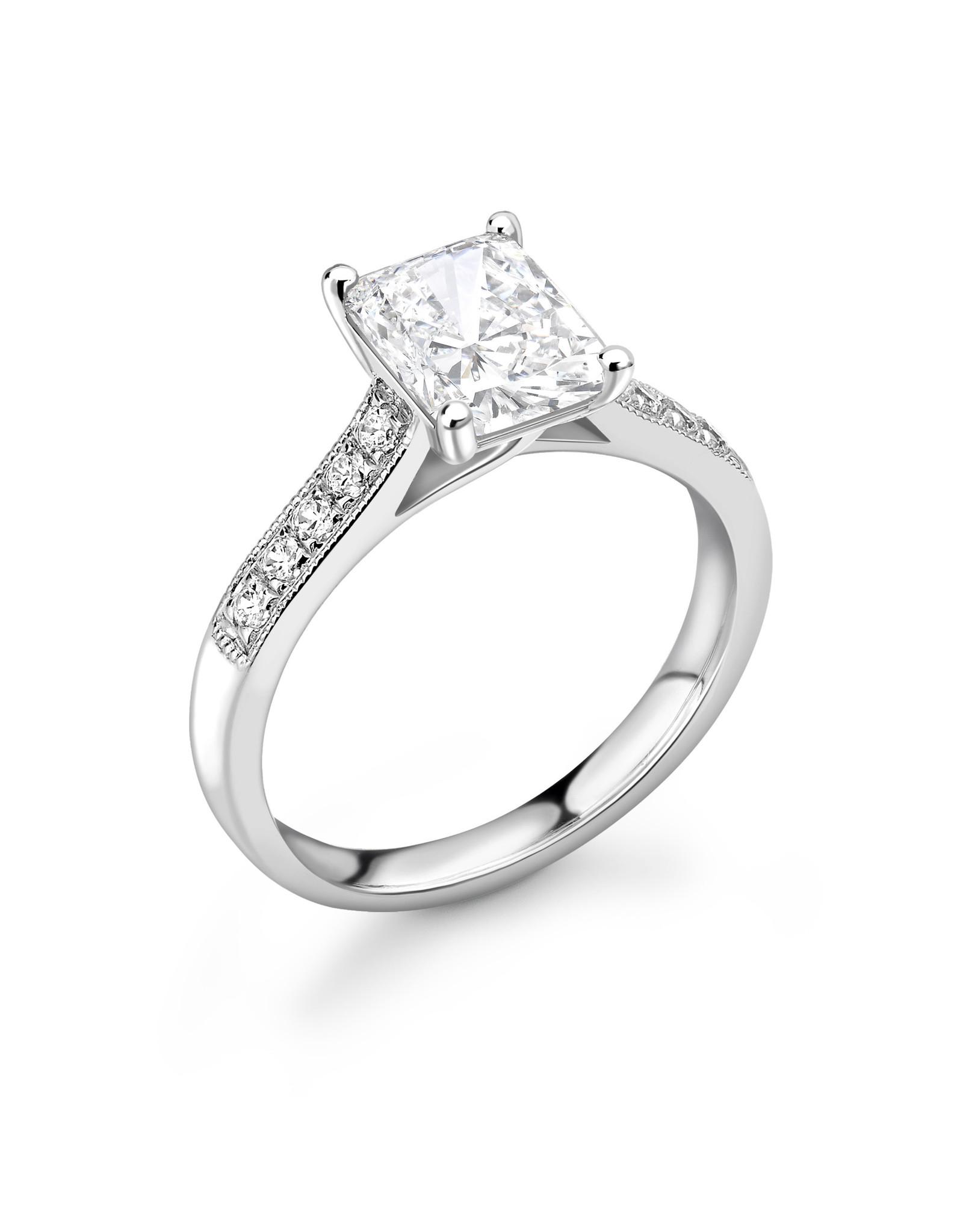 LVN Emerald Cut Verlovingsring Met Zijsteentjes LVNRX4009