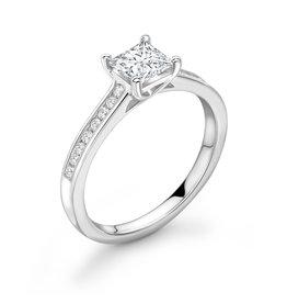 LVN Princesse Verlovingsring Met Zijsteentjes LVNRX3978s
