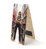Marque-page magnétique, fille avec des livres
