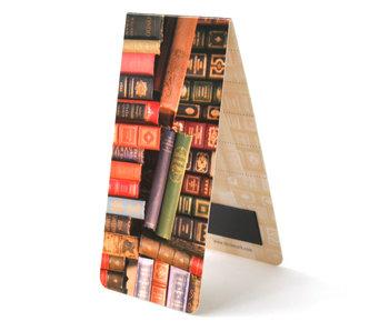 Marcapaginas magnético, libros, desordenados