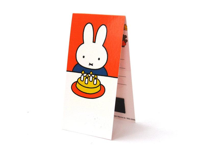 Magnetische boekenlegger , Nijntje met taart