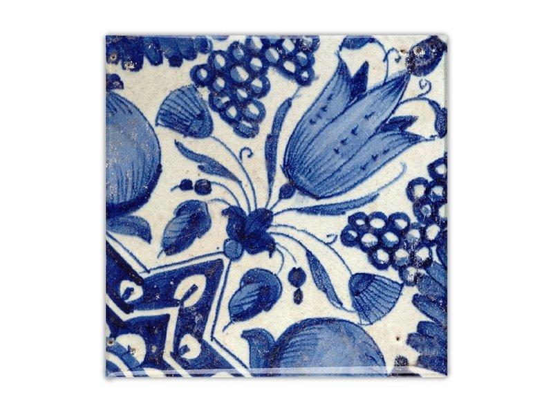 Fridge magnet, Delft blue tile, Diagonal Tulip