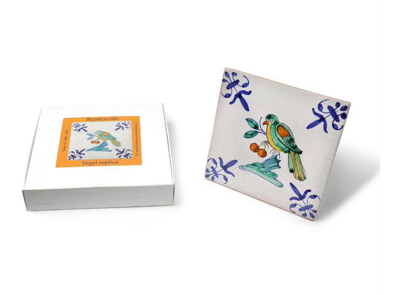 Réplique de tuile, bleu de Delft, oiseau avec des baies, 13 x 13 cm