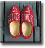 Fridge magnet, Red clogs