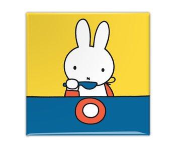 Kühlschrankmagnet, Miffy isst
