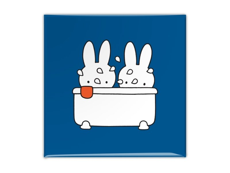 Kühlschrankmagnet, Miffy nimmt ein Bad