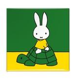 Aimant de réfrigérateur, Miffy sur une tortue