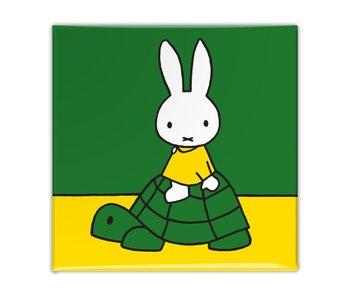 Imán de nevera, Miffy en una tortuga