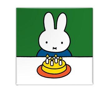 Aimant de réfrigérateur, Miffy avec gâteau