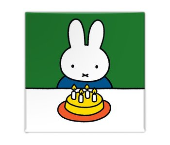 Fridge magnet, Miffy with cake
