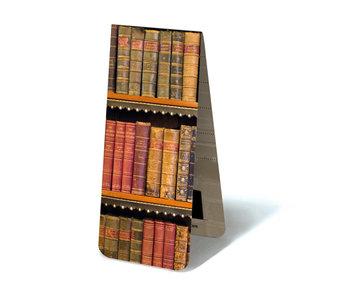 Magnetisches Lesezeichen, alte Bücher auf einem Regal