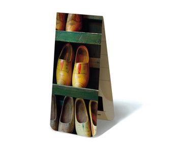 Marcapaginas magnético, zapatero de madera